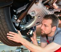 Equilibratura gomme e inversione pneumatici per una guida sicura ed economica