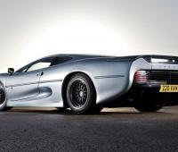 Video pneumatici Bridgestone: nuove gomme per la Jaguar XJ220